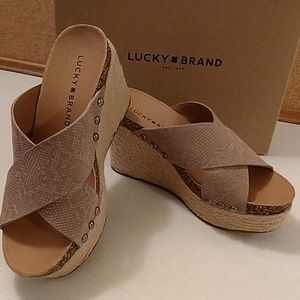Lucky Brand leather platform wedge heels with box